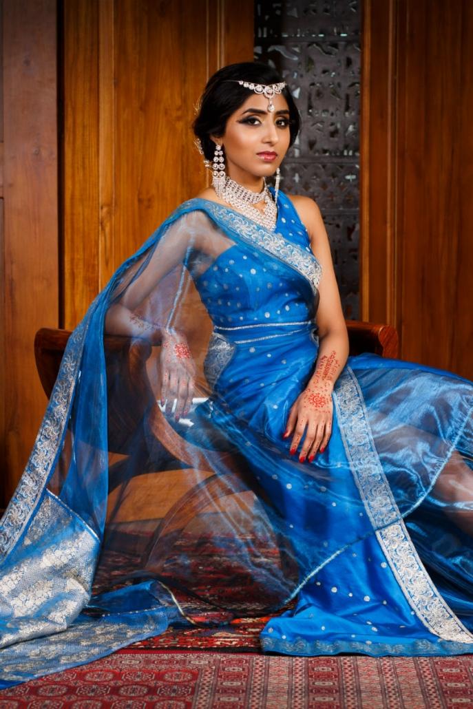 orientalna suknia w kolorze niebieskim Sundari