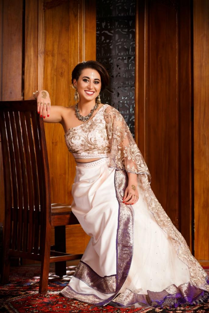 suknie ślubne showroom Sundari - suknia orientalna biała