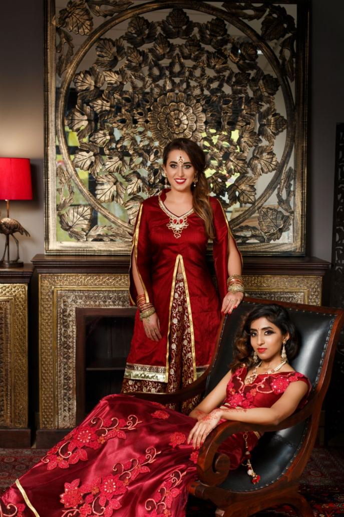 hinduskie modelki w orientalnych sukniach