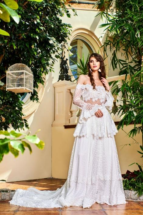 suknia w stylu boho z trenem