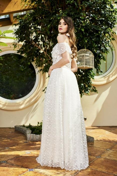 modelka w sukni Isabella
