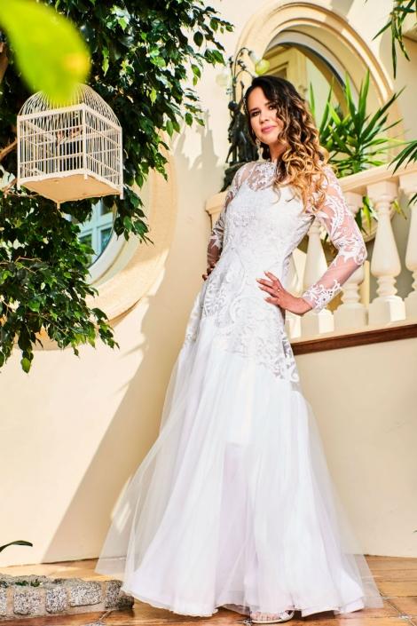 zwiewna suknia ślubna w stylu boho